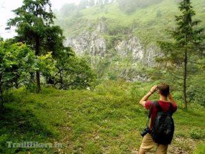 benog hill trek